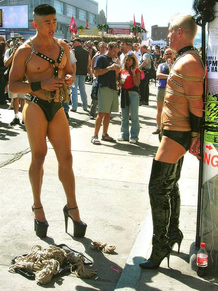 sexy-muscle-man-high-heel-shoes